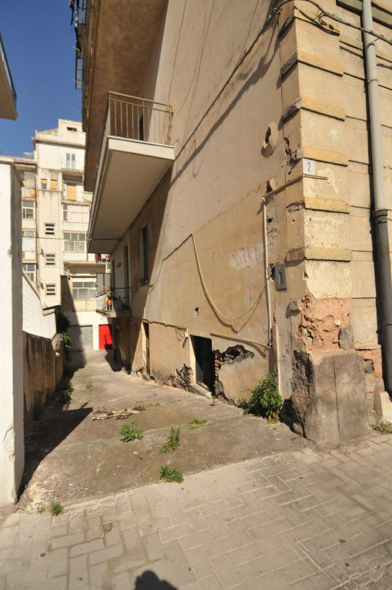 Deposito 150 mq Piazza Lanza | mq. 150 | rif. 468