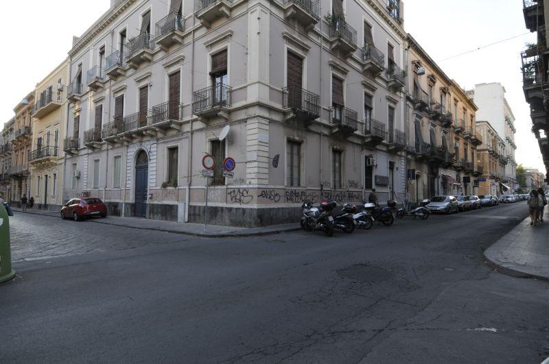 Appartamento 2 vani arredato - Via Pantano pressi Via Umberto (CT)