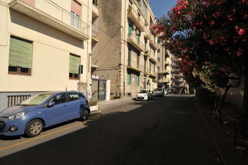 Deposito 150 mq - Piazza Lanza
