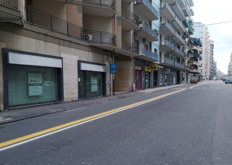 Bottega 85 mq - Via Giacomo Leopardi pressi Piazza Ariosto - CT